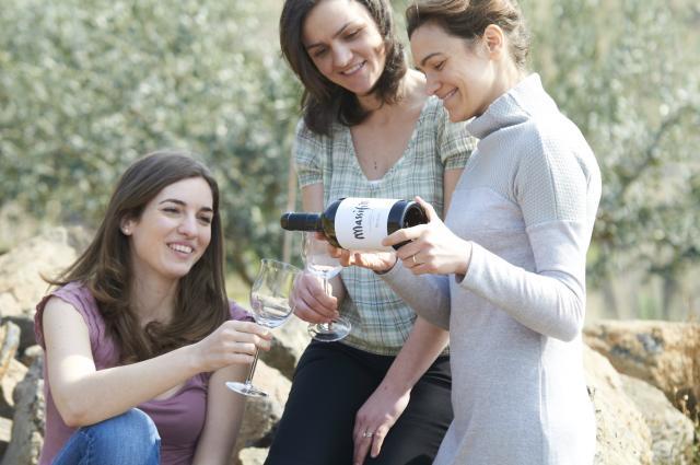 Suavia, Alessandra, Valentina and Meri Tessari, Owners